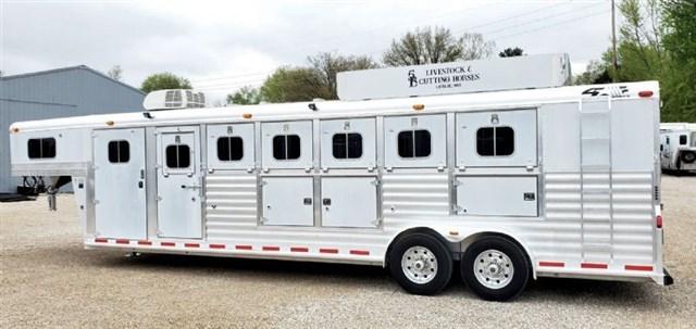 2003 4-star 6h trainer trailer loaded, huge front tack servic