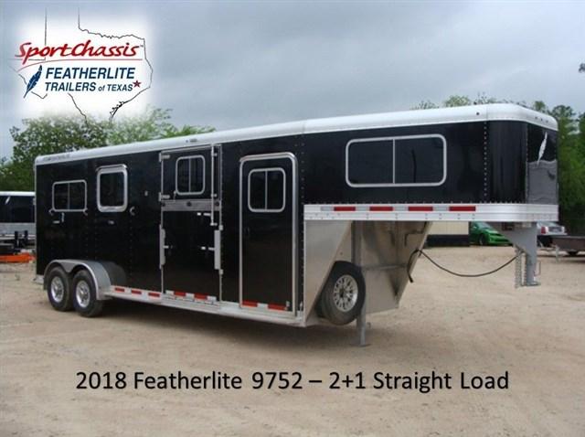2018 Featherlite 9752 Horse 2+1 on