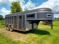 1993 Chaparral gooseneck stock trailer with front tack