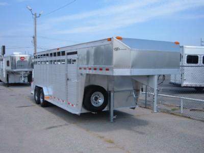 2009 Barrett livestock 24'