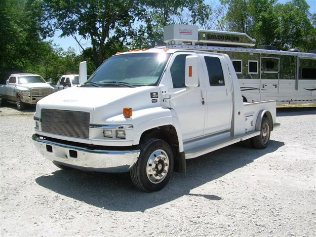 2006 chevrolet 4500 crew cab hauler. Black Bedroom Furniture Sets. Home Design Ideas